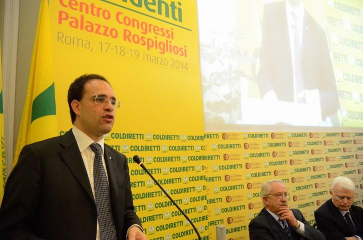 Roberto Moncalvo contro la casta dei campi