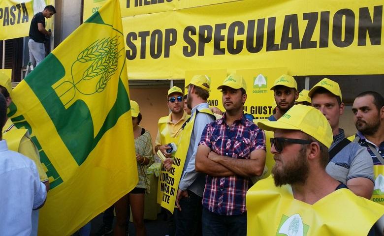 Prezzo del grano-Agricoltori in piazza per dire stop alle speculazioni