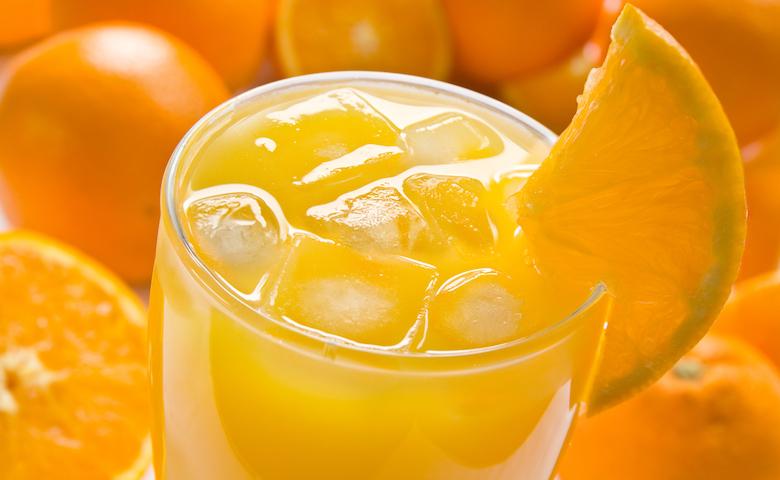 Bevanda analcolica preparata con succo d'arancia