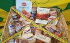 Cesto di falsi prodotti del made in Italy prodotti in Canada la cui vendita sarà possibile grazie al trattato Ceta