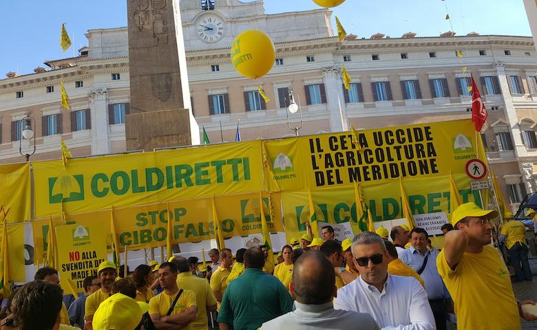 Manifestazione on Piazza Montecitorio per dire Stop al CETA