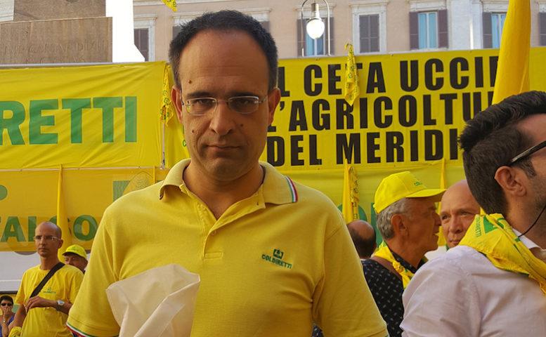 Il Presidente di Coldiretti Moncalvo, durante la mobilitazione a Montecitorio contro accordo CETA