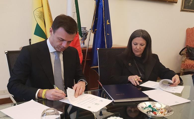 Firma del patto tra Coldiretti e Novamont
